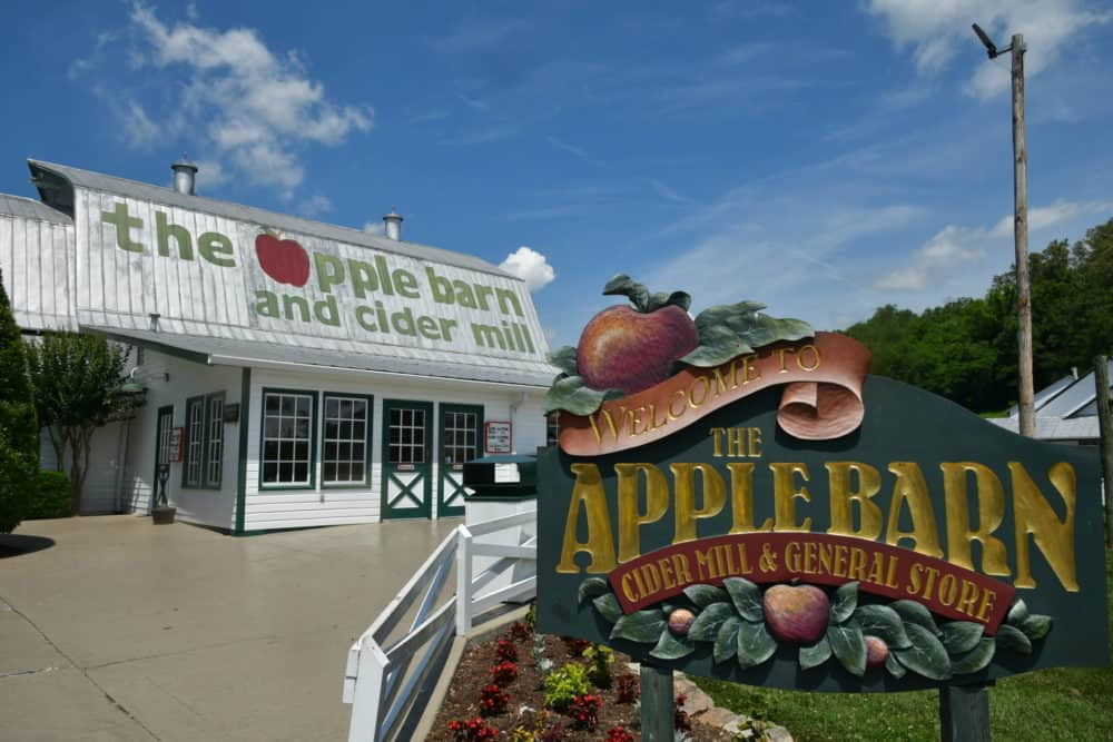 apple barn in sevierville tn