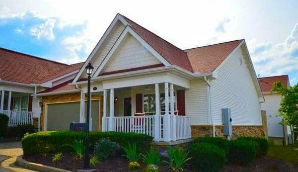 A gorgeous vacation rental near Pigeon Forge TN at Appleview River Resort.